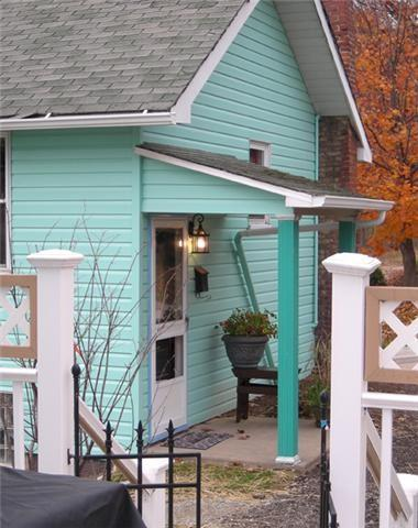 Charming Cottage EASY Access 4 work travel & fun, vacation rental in Mount Pleasant