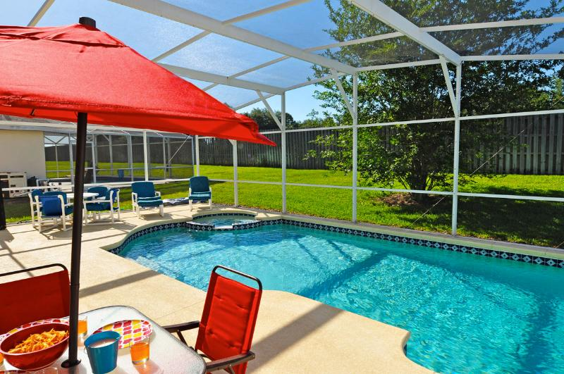 Sanitized, Spacious, Private Pool/Spa, No Rear Neighbor, Wifi, Resort Amenities, holiday rental in Orlando