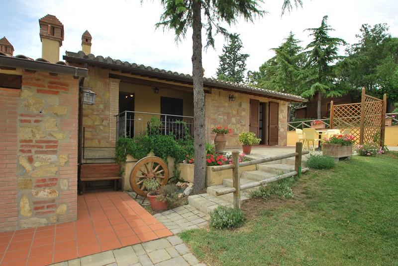 Farmhouse 'La casa del sole', holiday rental in Castiglione del Lago