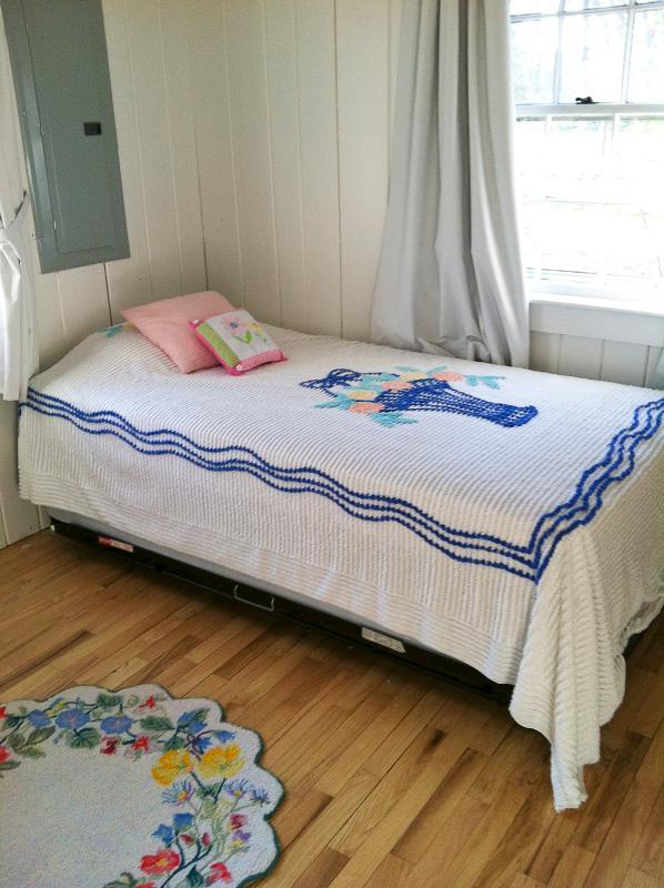 camera da letto ... con alta riser..Cape arredamento doppia Cod