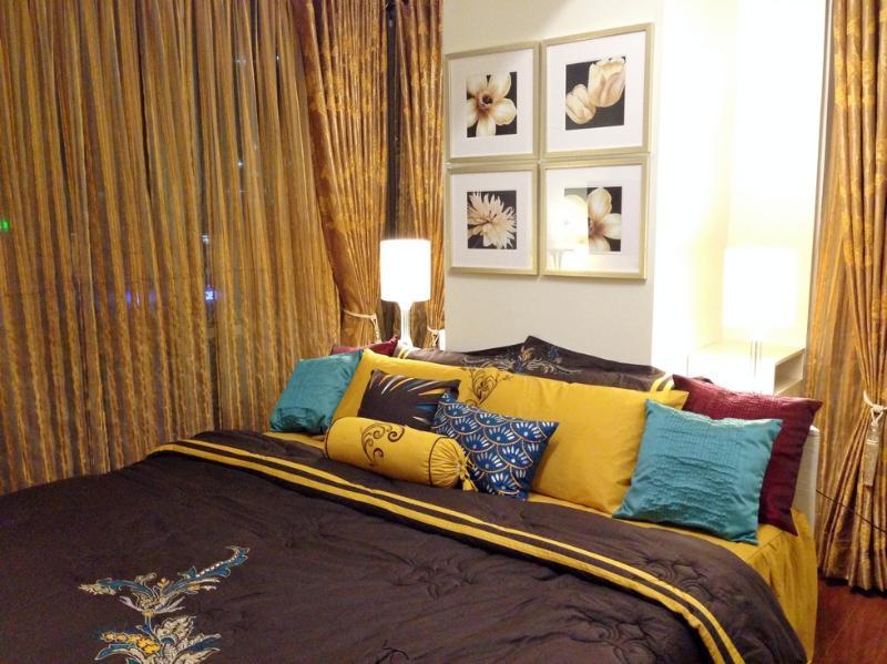 Bed draps complets avec couette, peuvent accueillir jusqu'à 3 personnes