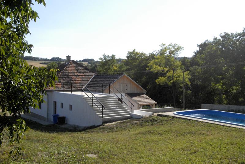 O terraço e piscina