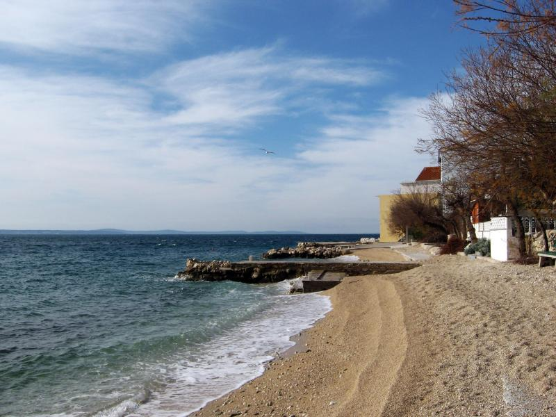 Suhi Potok Strand
