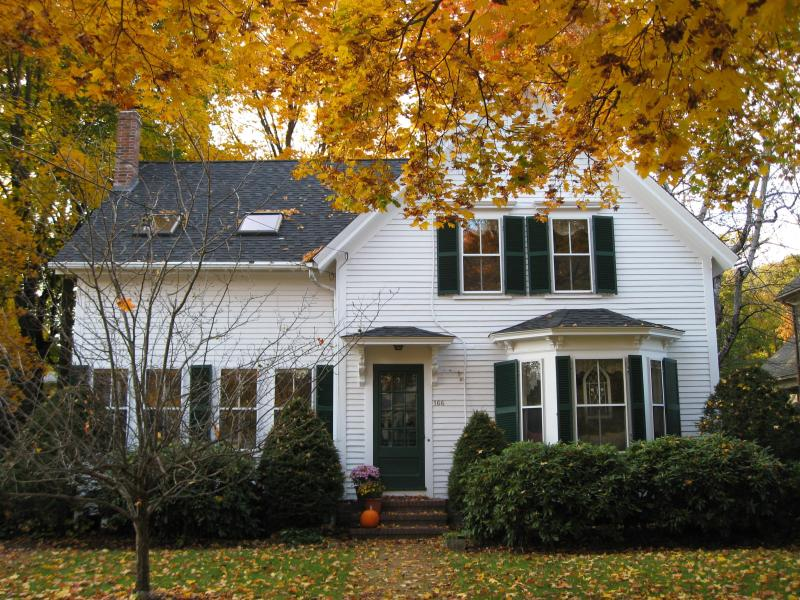 Front of house in the fall