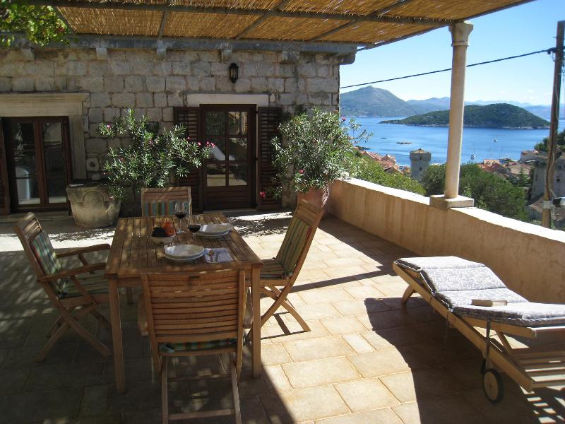 Holiday Home Kastio-Sipan - Island near Dubrovnik, vacation rental in Sipan