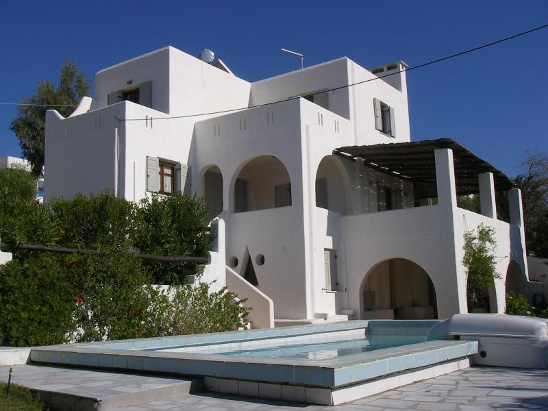 the apartments  complex of PAROS VILLA LIOGERMA