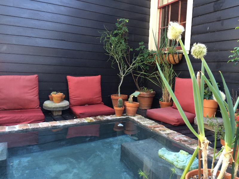 The Black Diamond ... Chill in the pool!, holiday rental in New Orleans