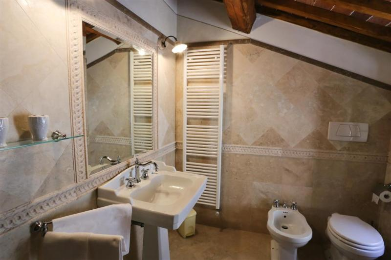 Apartment In Tuscany - Relax a Rigomagno, vacation rental in Rigomagno