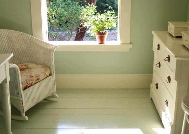 Koppla av i gungstolen och stirra ut genom fönstret på damm eller arbete på din roman vid skrivbordet.