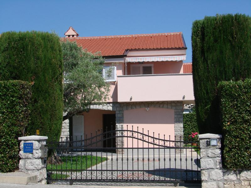Villa Lajnert 1