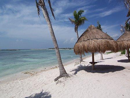 Beachfront Condo with spectacular ocean views., location de vacances à Xpu-Ha