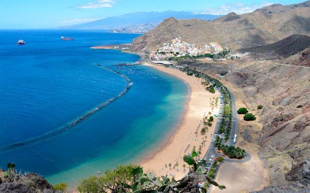Playa Las Teresitas. 35 min drive from the property