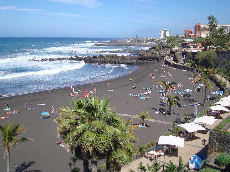 Playa Jardin Puerto de la Cruz. 10 min drive from the property