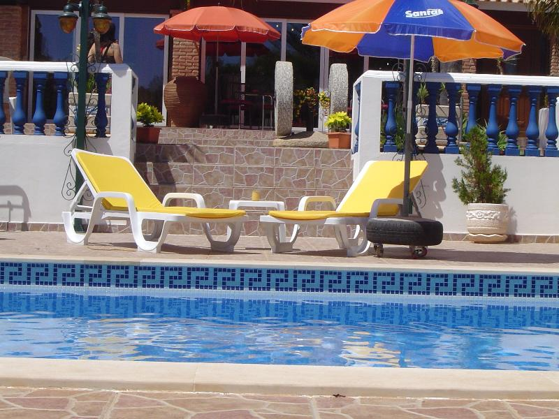 Beautiful little Villas with swimming pool and lot, vacation rental in Cumeada