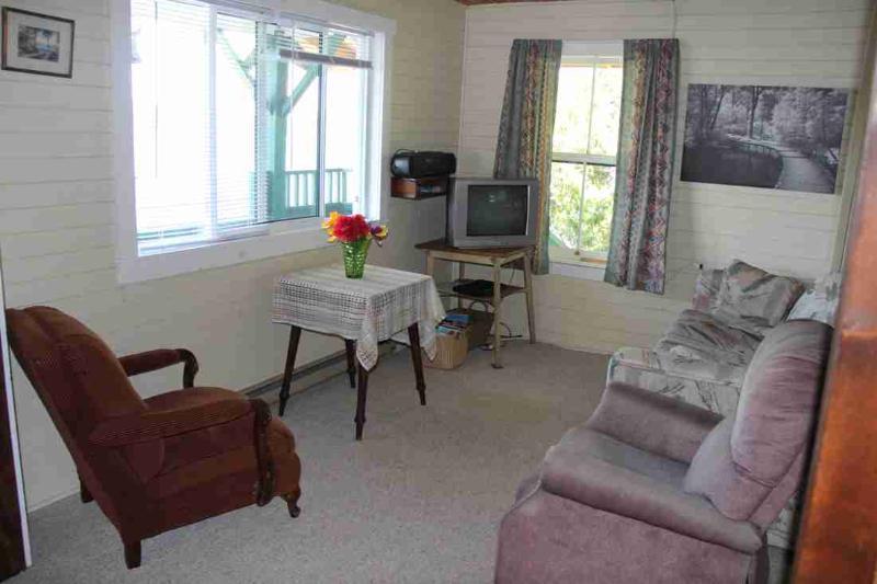 Lakeside: sala de estar