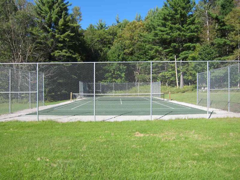 Clyffe House: Actualizado de tenis