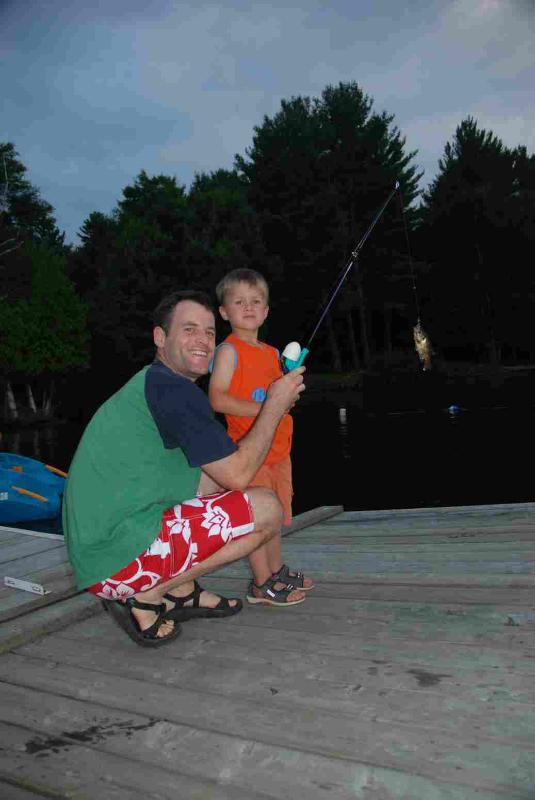Clyffe House: Pescando en el muelle