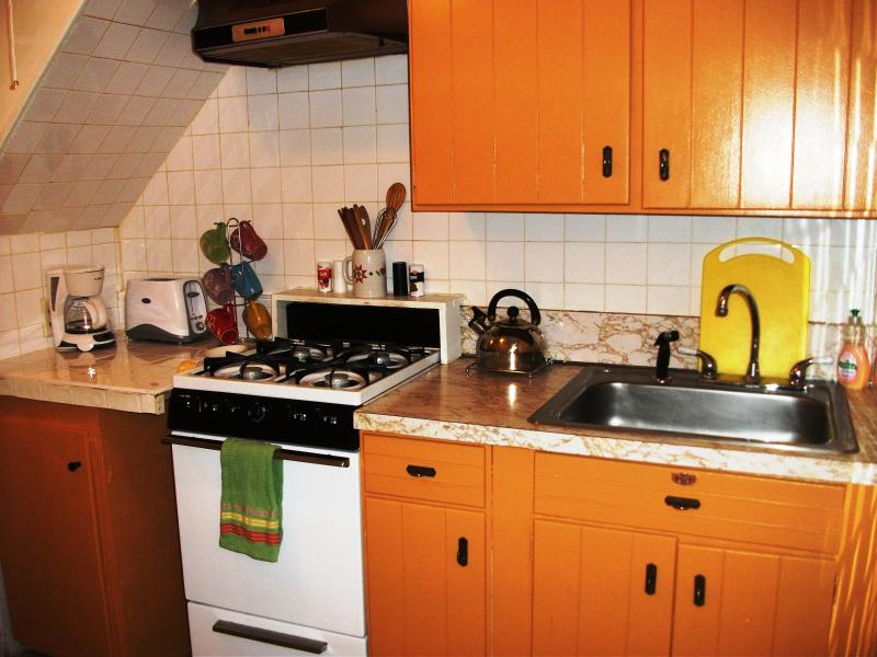 Full Kitchen w/Coffee Maker, Toaster, Pots, Pans, Plates, Utensils, Paper Towels, etc