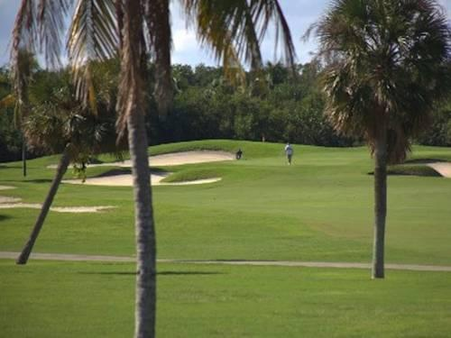 Crandon Golf close by