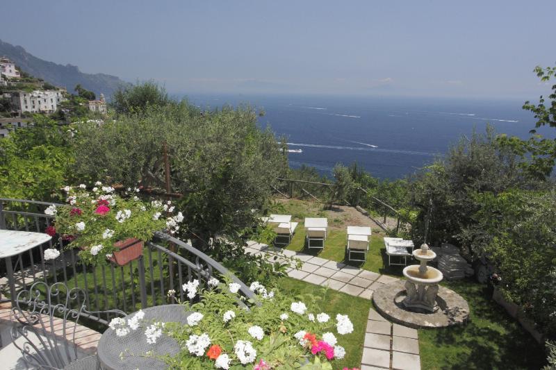 Villa Borgo Antico 1, vacation rental in Vettica
