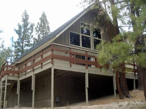 Need to Get Away?? Come to the Cozy Chalet!!, holiday rental in Big Bear Region