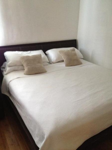 Master Bed in Master BR