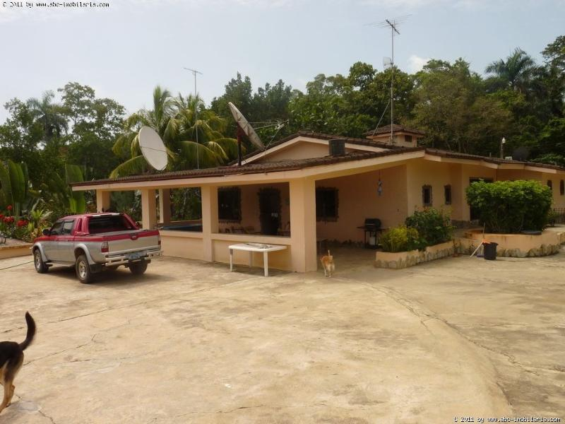 A place to stay in the 'real' DR, holiday rental in Hermanas Mirabal Province