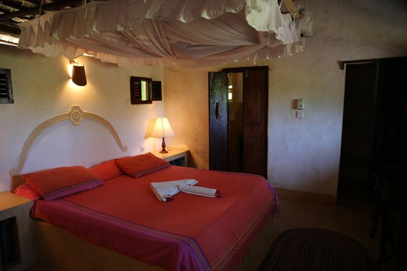 Fatuma's Tower Bamboo Suite, holiday rental in Manda Island