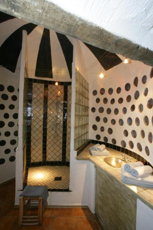 'Essaouira' - Bathroom 1