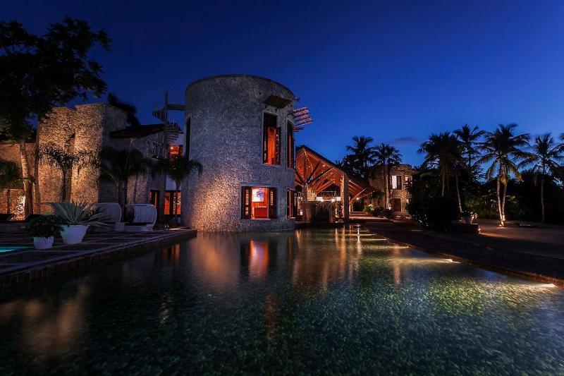 Villas vue de la nuit