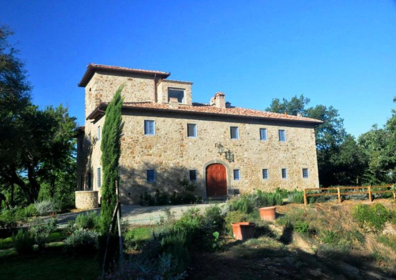VIlla Badia - Gorgeous Luxury Country Villa, location de vacances à Badia a Passignano