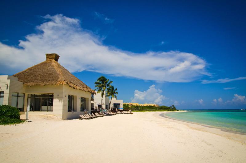 Esta es la casa de playa en el Grand Coral. Esto es sólo 5 Km de distancia de la casa.