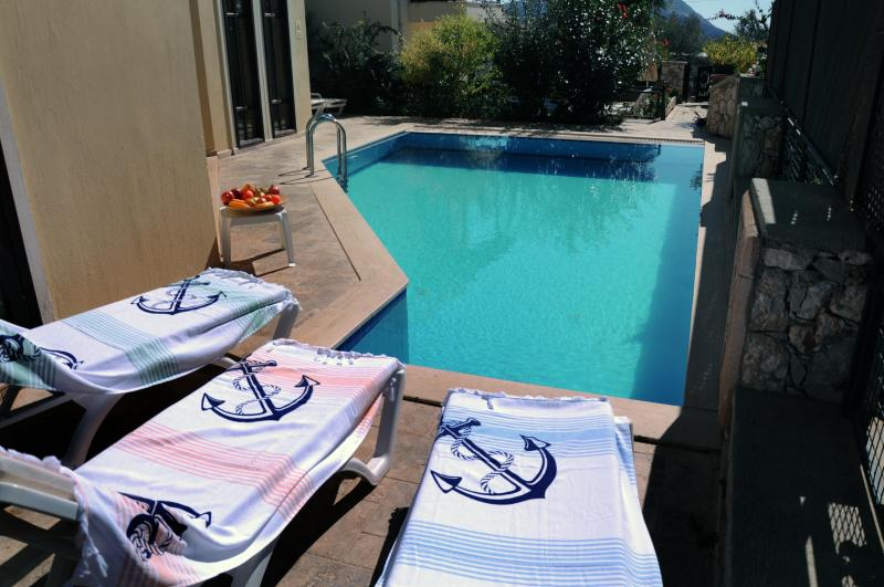 Villa Elif - la piscina