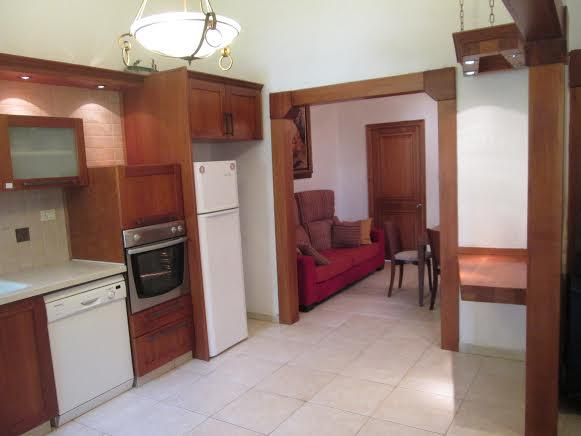 Fantastic large apt next to Old City, holiday rental in Kfar Adumim