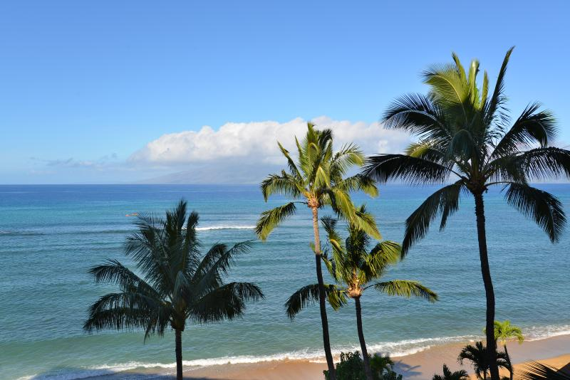 Oceanfront view VIR606