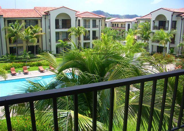 Pacifico L1213 - Beautiful One Bedroom Pacifico Condo on third floor, holiday rental in Artola