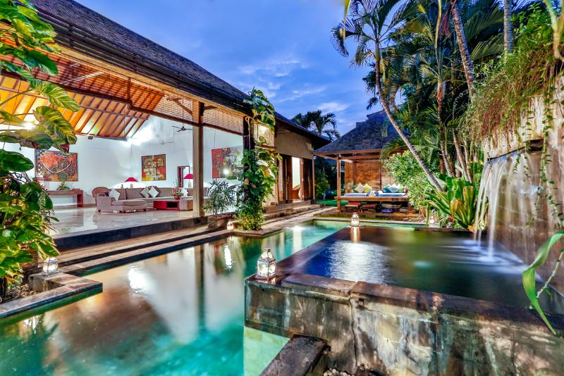 Bali Villa Taksu  Legian Private Villa, holiday rental in Kuta District