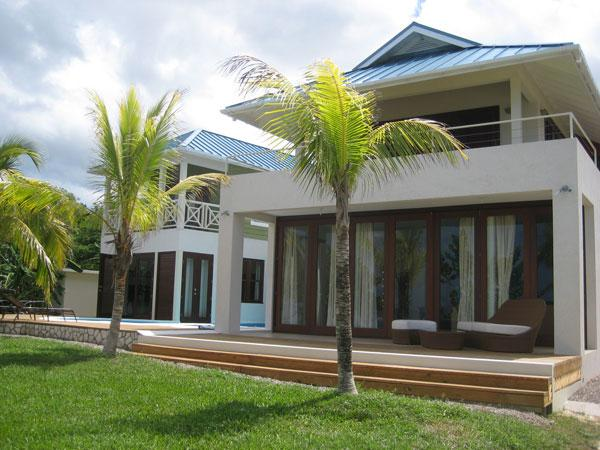 Little Waters - Negril 3 Bedroom waterfront, vacation rental in Negril