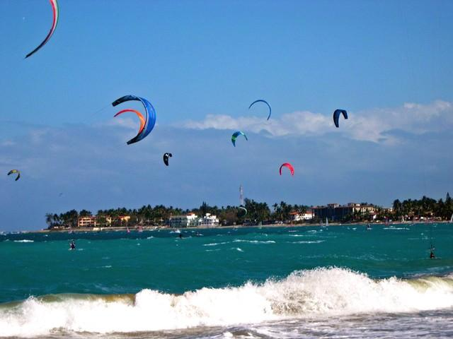 Kite surfing in Cabarete