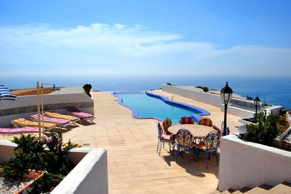 large 4 bedroomed Villa in stunning  location  with unforgettable views, holiday rental in Mojacar
