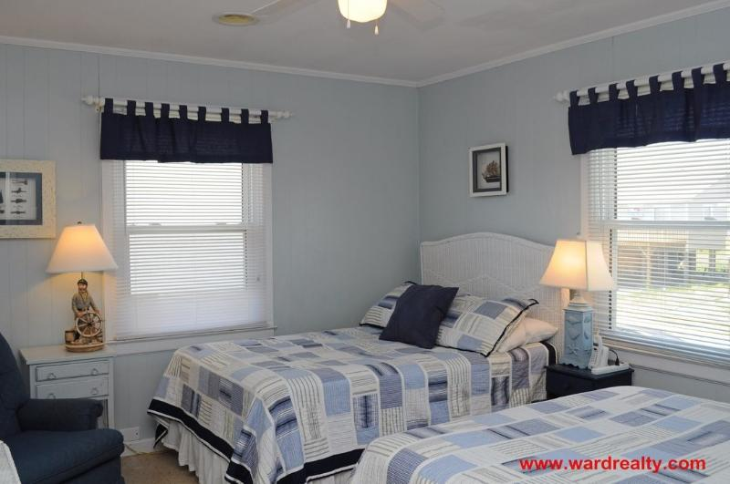 Streetside Bedroom III