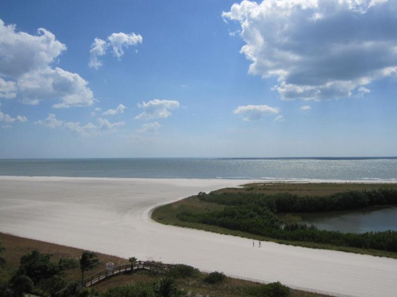SST3-1004 - South Seas Tower, vacation rental in Marco Island