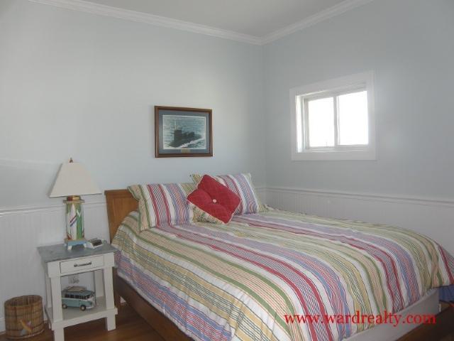Streetside Queen Bedroom