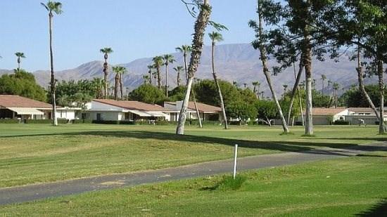 DQ125 - Rancho Las Palmas Country Club - 2 BDRM + DEN, 3.5 BA, location de vacances à Désert californien