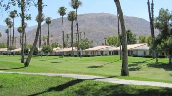 TORR27 - Rancho Las Palmas Country Club - 2 BDRM Plus Den, 2 BA, location de vacances à Désert californien