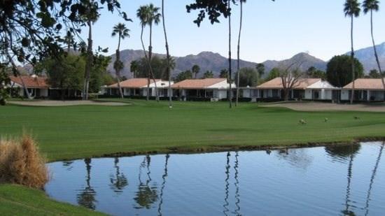 GER20 - Rancho Las Palmas Vacation Rental - 2 BDRM plus Den and Office, 2 BA - S, location de vacances à Désert californien