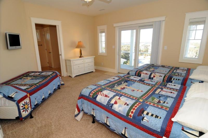 Full and Twin Room