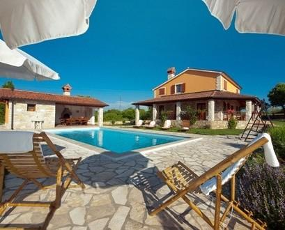 Holiday villa with pool for rent, in Rabac