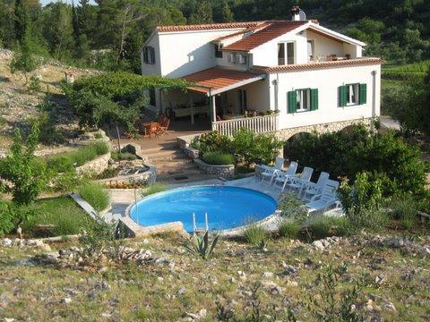 Cute villa with a pool, Zaton, Sibenik