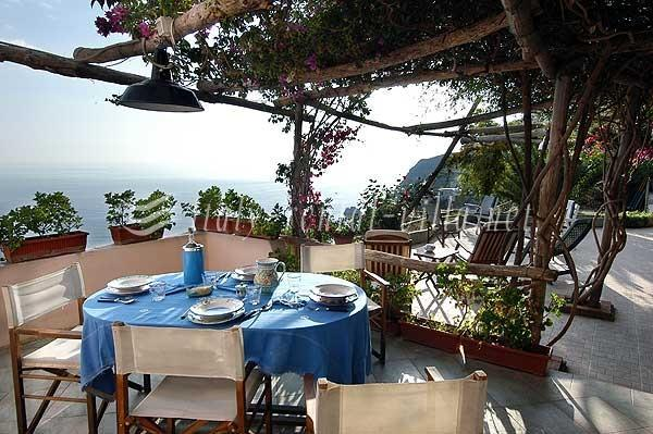 Torre A Mare - nice sea view from the garden, vacation rental in Praiano